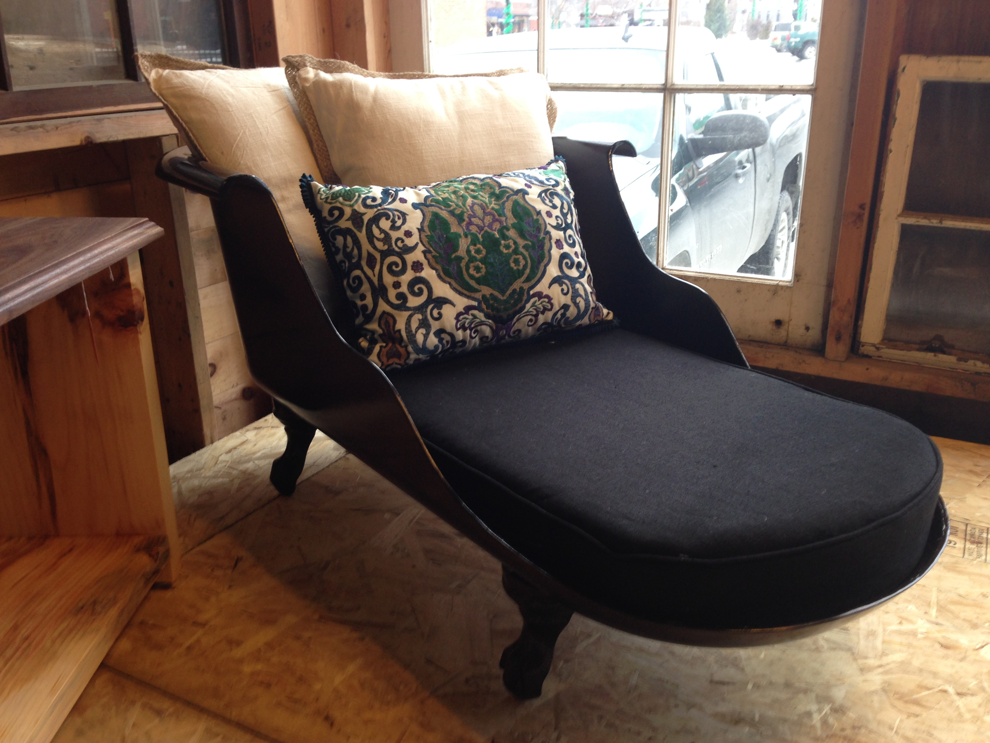 Clawfoot Tub Lounge Chair