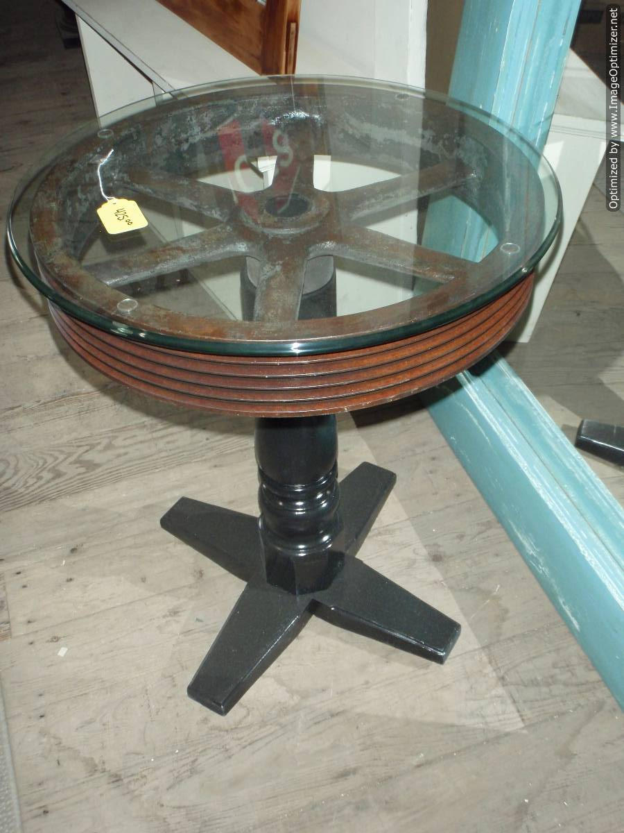 Castiron Pulley side table